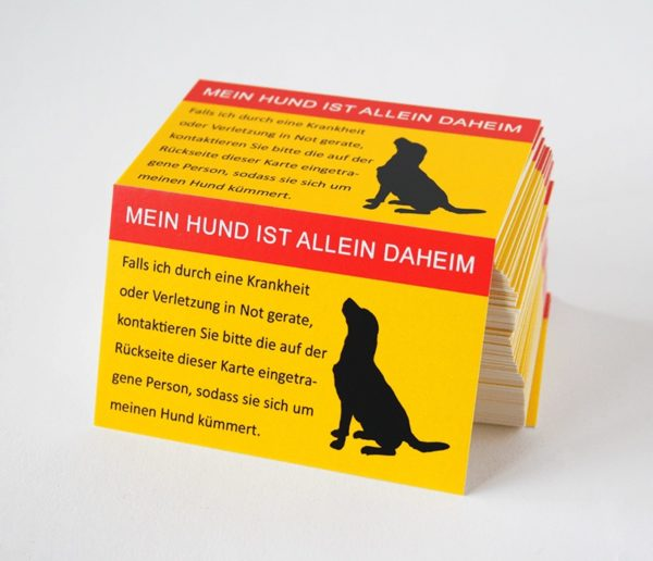 Allein-Daheim Notfall-Kontaktkarte Hund Stapel